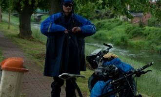 Picnic im Regen am Ufer der Aland