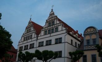am Marktplatz: Renaissance-Bürgerhäuser...