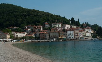ruhige und italienisch angehauchte Bucht von Moscenicka Draga