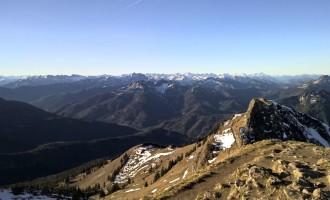 Gipfelpanorama Richtung Brandenberger Alpen