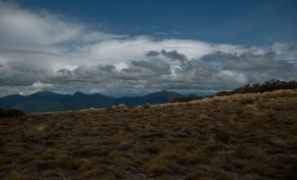 wenige Schritte von der Hütte, mit Blick nach Osten
