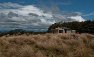 einsame Hütte, bietet uns Schutz und Wärme für eine Nacht