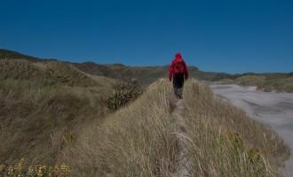 Schutz vor dem Wind gesucht: am Weg retour