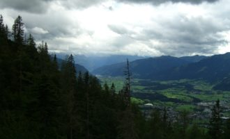 das Panorama in Richtung Zell am See...