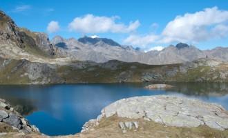 wenige Schritte weiter: der zweite der grosse Seen macht seine Aufwartung