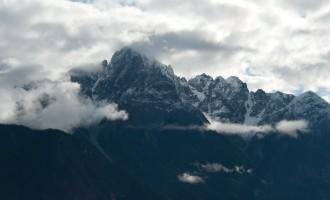 Blick zu den Lienzer Dolomiten: ein winterlicher Einbruch trübt die Laune nach so viel Sonne nicht!