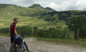 Erkundung unseres Wegepaten-Gebietes am Trattberg mit den Rädern