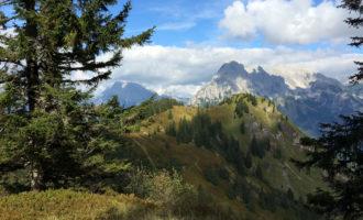 Der Grosse Ödstein dominiert das Panorama.