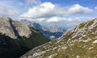 Im Hintergrund der Grosse Buchstein und die St. Gallener Spitze.
