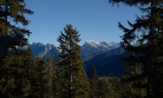 Blick zur Pleisenspitze im Karwendel