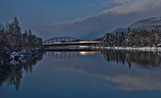 Brücke Urstein im Abendlicht
