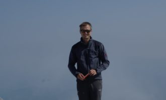 glücklich am Hochkönig-Gipfel (2941m)
