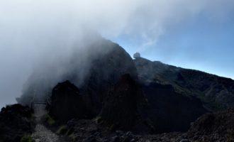 Blick zurück zum Ausgangspunkt, der NATO-Radarstation am Pico Arieiro (1805 m)