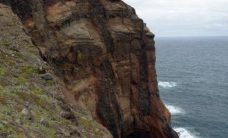 Nördliches Kliff (Ponta do Rosto)
