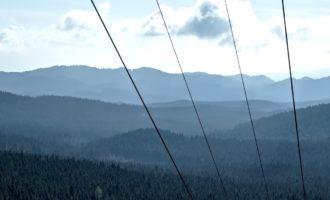 Aufstieg von Rudno Polje: Ausblick über das kleine Skigebiet und die Waldhochebene Pokljuka
