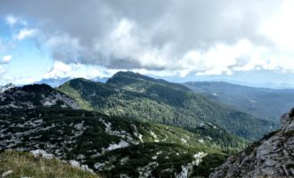 Blick nach Osten am Weg zum Visevnik