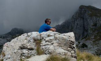 Verschnaufpause vor dem steilen Abstieg von der Cukla